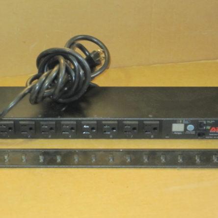 APC AP7900 Switched Rack PDU 15A/100/120V Surge Protector Strip NEMA 5-15P