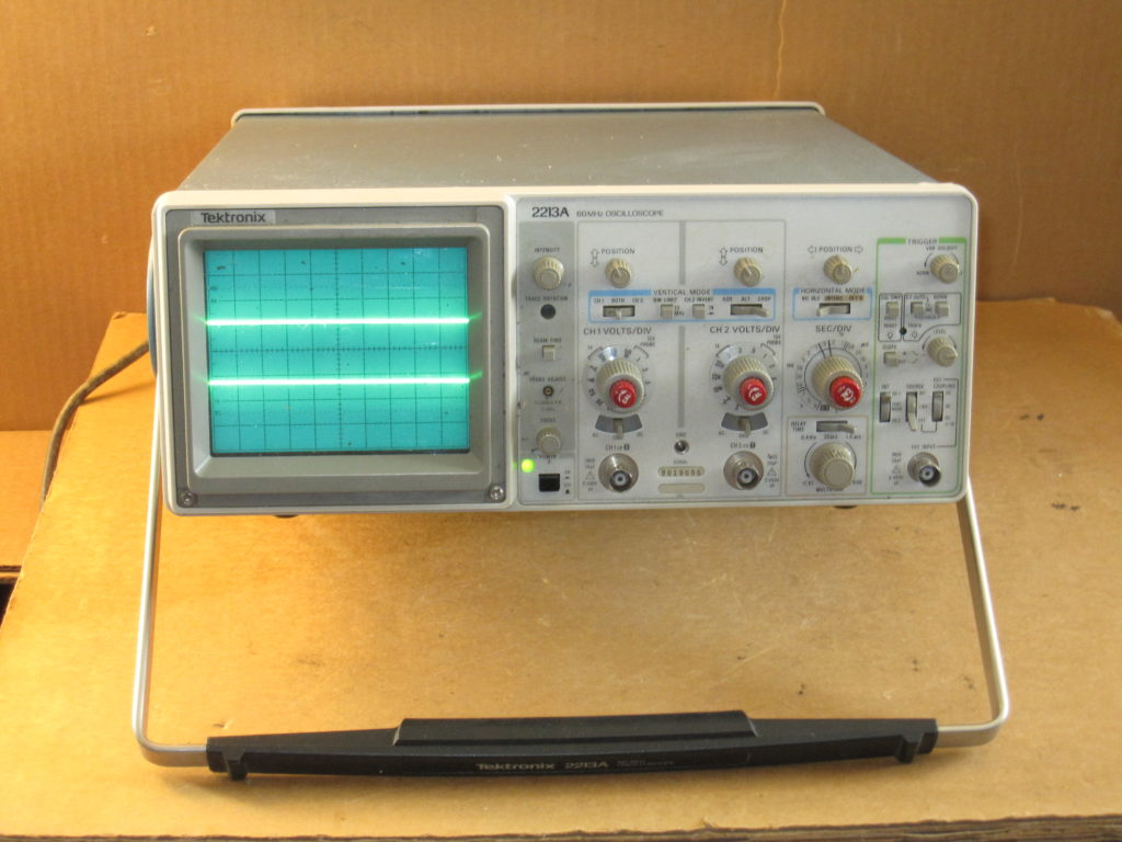 Tektronix Analog Oscilloscope : Tektronix a mhz analog oscilloscope imagine