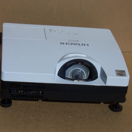 Hitachi CP-DW10N  3LCD Projector